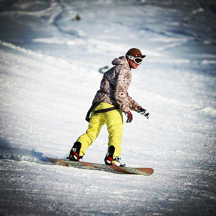 подборку фоток катание на сноуборде фото нет